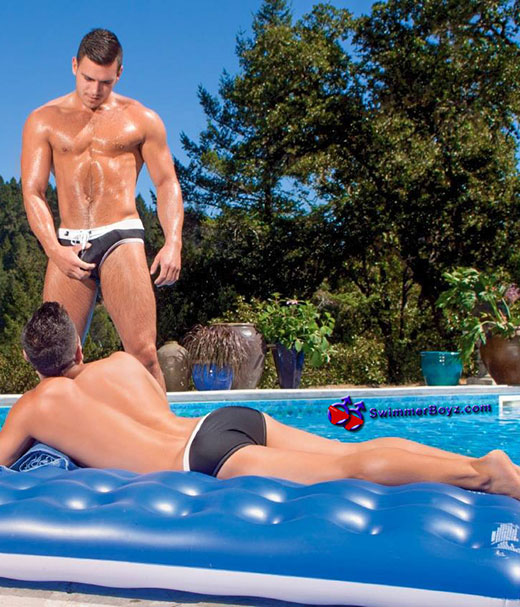 Speedo Couple